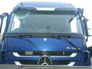 Business/Fleet Haulage Strathclyde Windscreen Repair