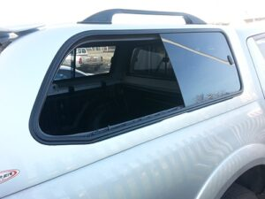 stirling-windscreen-repairs-puckup