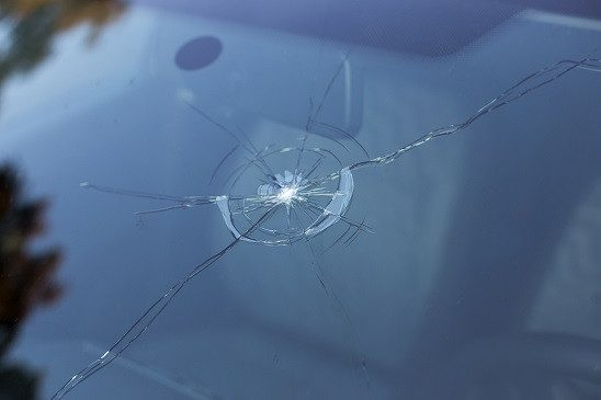 How long can I drive with a chip or cracked windscreen? Strathclyde Windscreen Repair